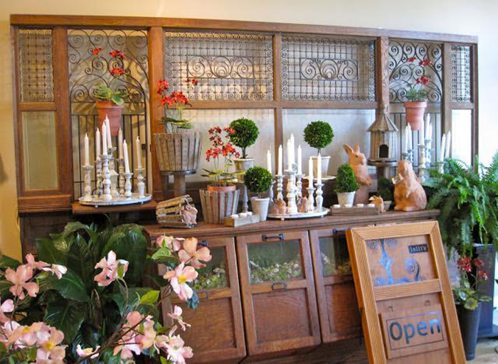 Lolli's is a Mariemount-based business that sells home accessories and gifts.